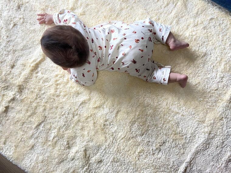 赤ちゃんが寝っ転がるためのスペース