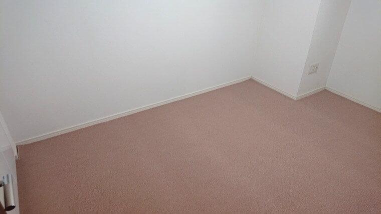 新居の敷いたカーペット