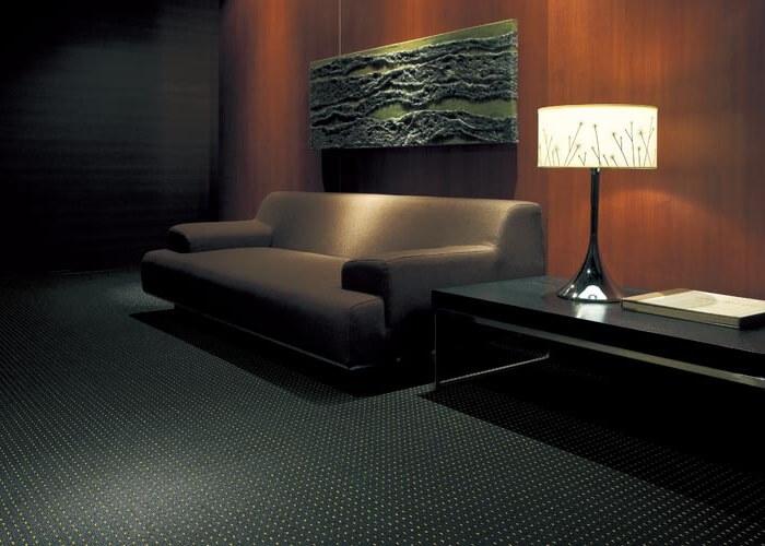 モダンカーペット・絨毯 オーダー対応「BANKER/バンカー」は高級感抜群!シルバー糸を採用した防汚・防炎タイプ