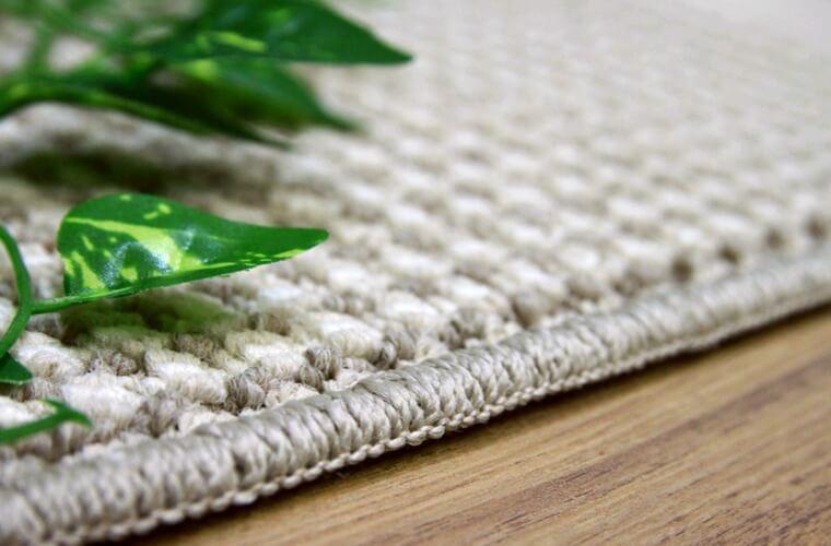お求めやすいお値段のカーペット