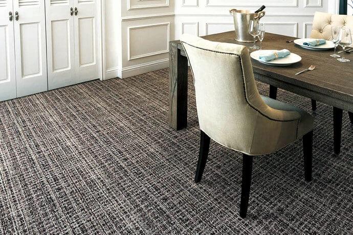カーペット・絨毯 オーダー対応「COLCHEST/コルチェスト」はダイニングや食事室に最適な汚れが目立たないヨーロピアンな柄
