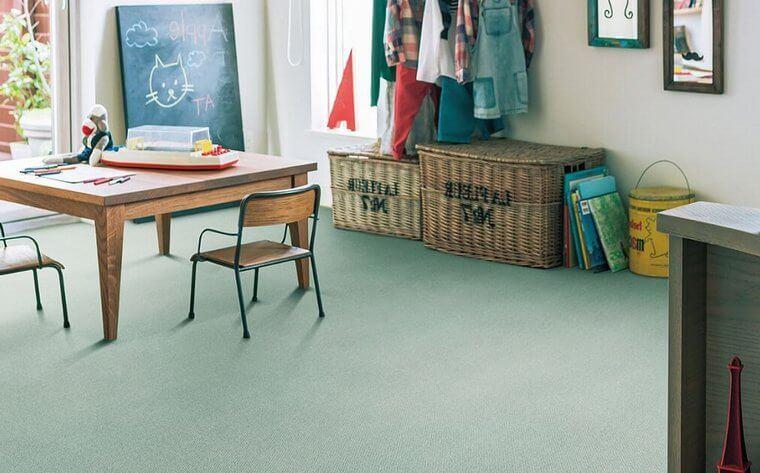 次世代カーペット・絨毯 オーダー対応「CRINA/クリナ」は室内の空気をキレイにするハウスダスト低減機能付き