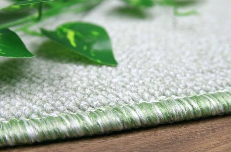 お手入れのしやすい防汚加工のカーペット