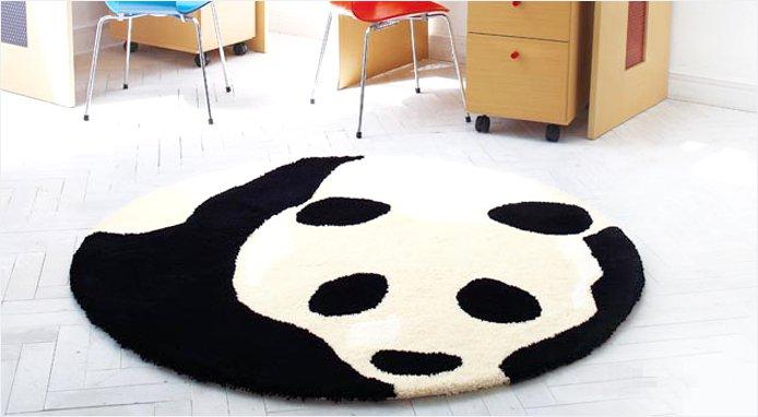 パンダ柄のラグマット