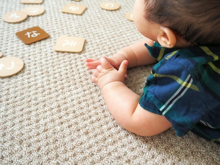 お肌の敏感な赤ちゃんにも安心のカーペット