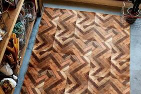 受注生産ラグ・カーペット「WOODY/ウッディー」は木のイメージがほしい部屋にマッチするウッドデザイン