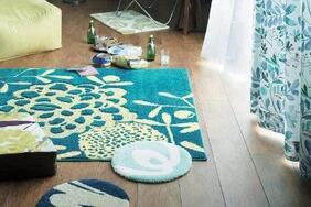 ラグ・カーペット「HANAKAZA/ハナカザ」は北欧な香りたっぷりのブルーグリーンがおしゃれ