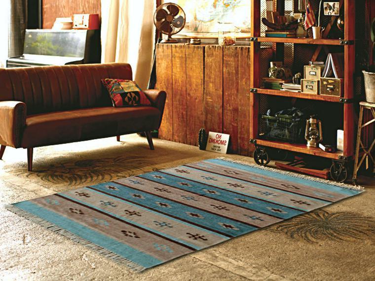 床暖対応ラグ・マット「TINO/ティノ」はフリンジ付きの可愛い伝統的な民族柄