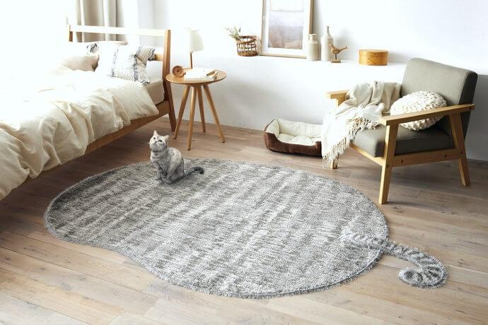 ペット臭対応ラグマット「TORAMARU/トラマル」は愛らしい猫のシルエットをデザイン