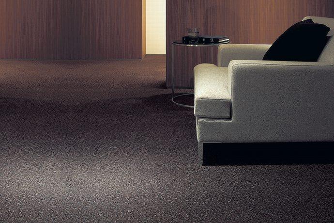 高級カーペット・絨毯 オーダー対応「TOLIAC/トリアック」はモダンでクラシックな雰囲気!消臭や防汚など暮らしに役立つ機能が充実