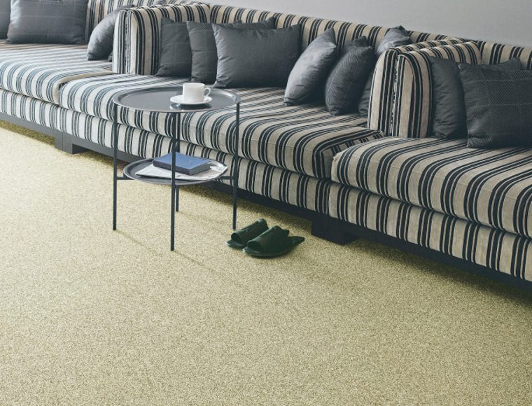 ショートシャギーカーペット・絨毯 オーダー対応「WORLD/ワールド」は寝室や書斎におすすめ!柔らかい手触りと踏み心地が魅力