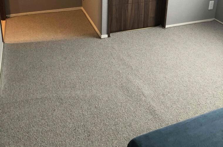 おかやどかりさんからのカーペット 無染色羊毛  MORURU/モルルレビュー