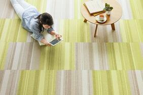 タイルカーペット「RECTO/レクト」は上品な印象の北欧系おしゃれカラー